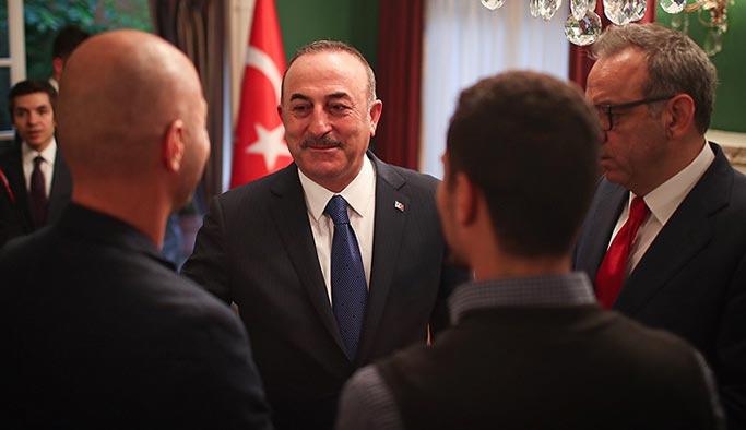 Çavuşoğlu, Meksika'daki Türkler ile bir araya geldi