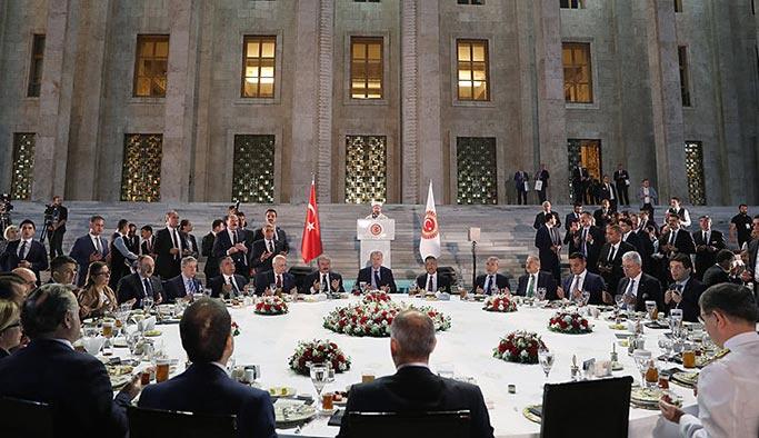 Erdoğan: Gelin büyük ve güçlü Türkiye'yi birlikte inşa edelim