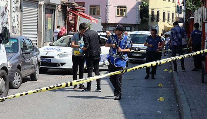 Fatih'te çıkan silahlı kavgada 3 kişi yaralandı