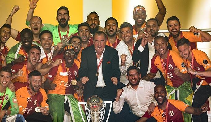 Galatasaray Şampiyonluk kutlamalarından görüntüler, fotoğraflar, renkli kareler