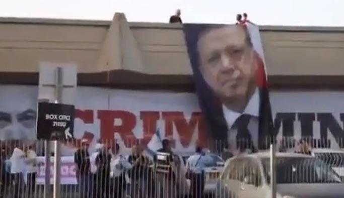İsrail'de Eurovizyon binasına Erdoğan posteri asıldı