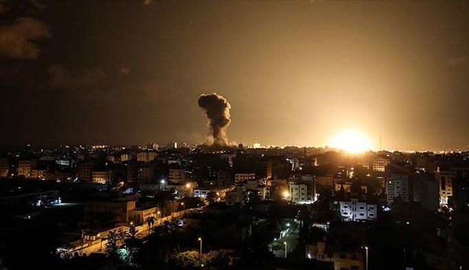 İsrail işgal güçlerinden Gazze'ye hava saldırısı