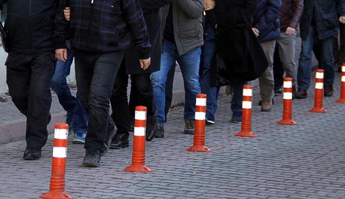 İstanbul ve Adana'da 111 asker hakkında gözaltı kararı