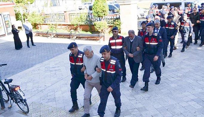 Jandarma'dan 5 ilde imar yolsuzluğu operasyonu