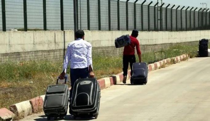 Suriyeliler ülkelerine dönmeye başladı