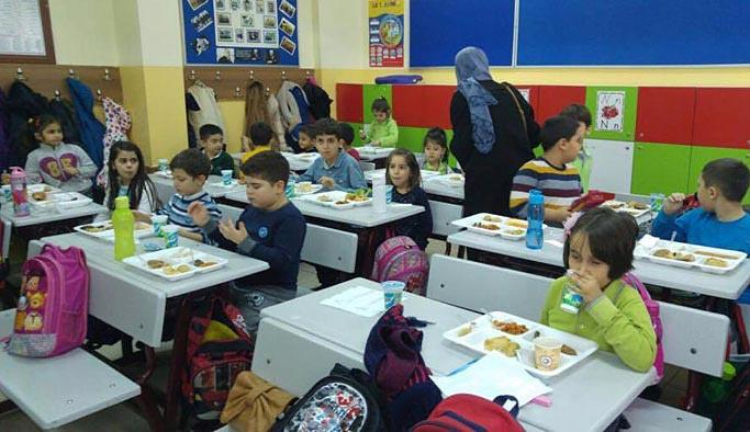 'İlk okula başlama yaşı teklifi' TBMM'ye sunuldu