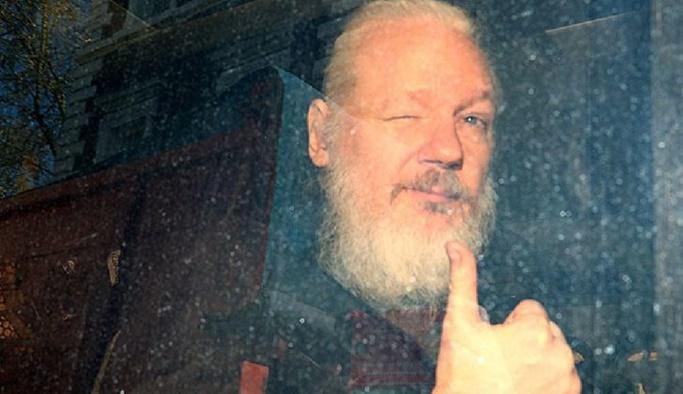 Julian Assange'ın davası 2020'ye ertelendi