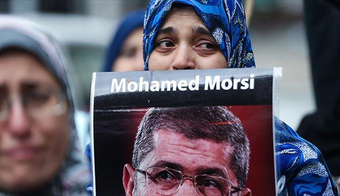 Muhammed Mursi için New York'ta gösteri