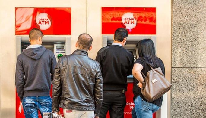 Özel bankalar da 'ücretsiz ortak ATM' kurdu