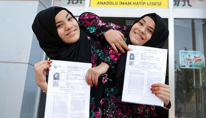 Türkiye'de YKS'ye giren tek siyam ikizleri