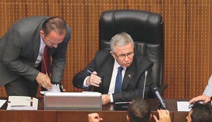 Ankara Büyükşehir Belediyesi'nde CHP-İyi Parti çatışması istifa getirdi
