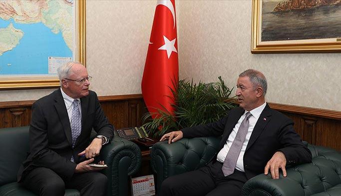 Ankara'da kritik ziyaretçiden Akar'a ziyaret