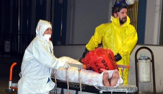 Antalya'da KBRN alarmı: Maske dağıtıldı