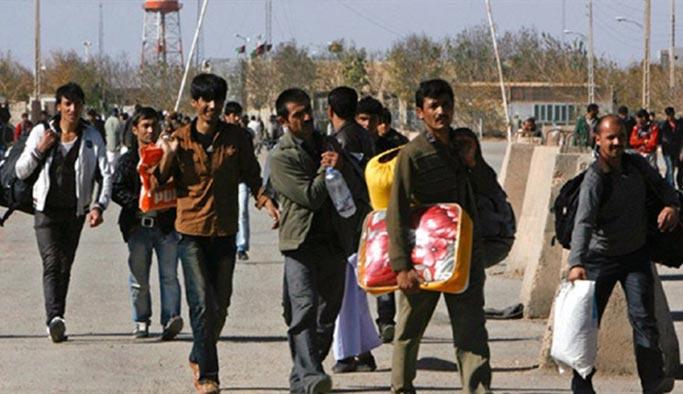 Bu yıl 80 bin göçmen Türkiye'den sınır dışı edilecek