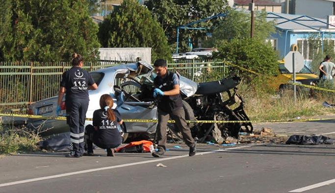 Feci kaza, aynı aileden 4 kişi öldü
