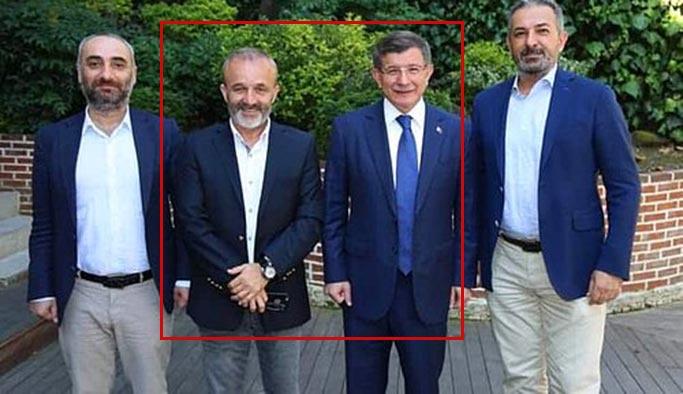 Hem Rus sitesinde çalışıyor hem Davutoğlu ile haber ajansı kurmuş