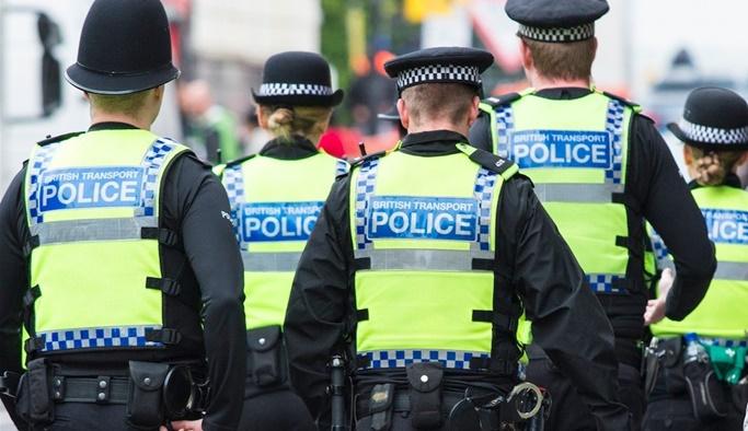 İngiliz polisinden basına 'belgeleri iade edin' çağrısı