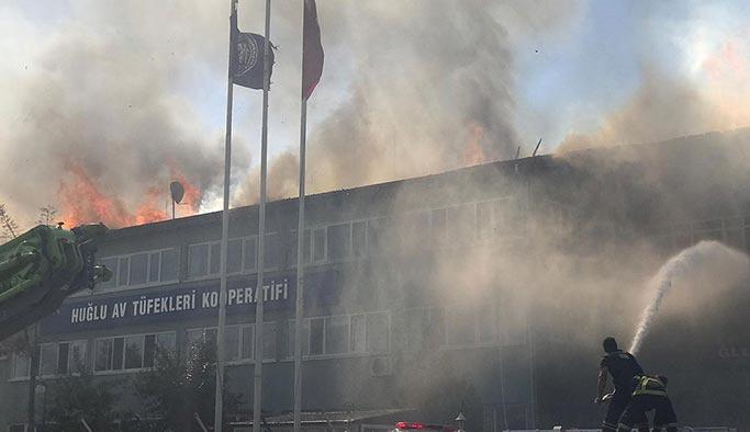 Konya'da silah fabrikasında korkutan yangın