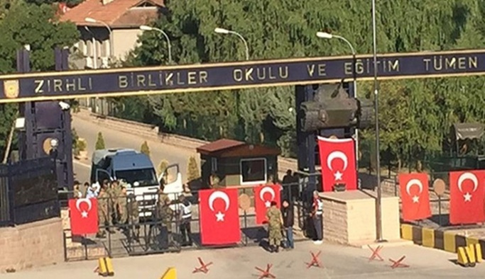 'Zırhlı Birlikler' davasında ceza yağdı