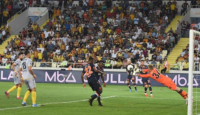 Başakşehir yeni sezona mağlubiyetle başladı