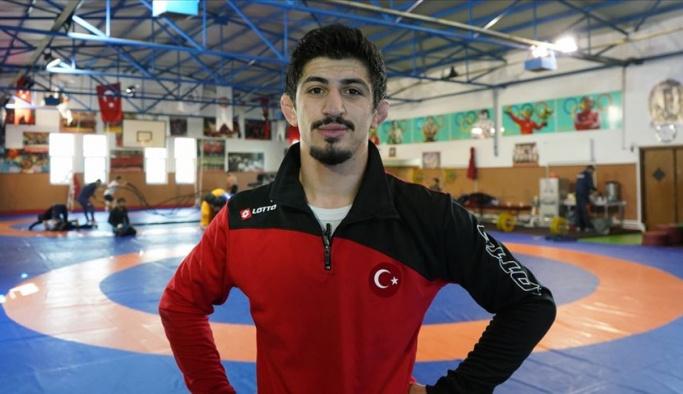 Kerem Kamal altın madalya kazandı