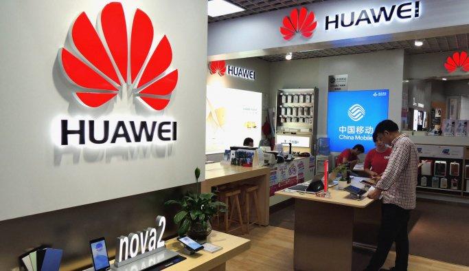"""""""Kötü komşu"""" Huawei'yi işletim sistemi sahibi yapıyor"""