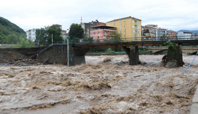 Samsun'da sel felaketi, 2 kişi hayatını kaybetti