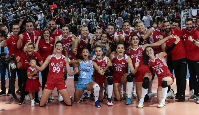 Milli Kadın Voleybol takımı finale yükseldi