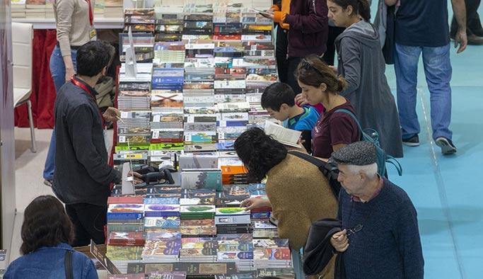 Ankara Kitap Fuarı kapılarını açtı