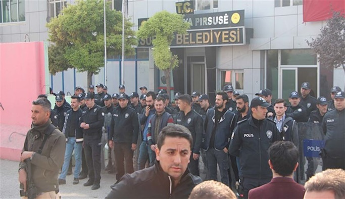 HDP'li dört belediyeye kayyum atandı