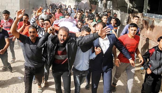 İsrail 8 kişilik bir aileyi katletti