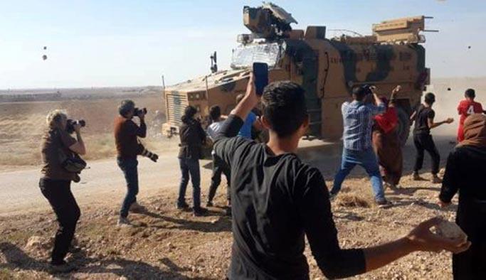 TSK devriye birliklerine taşlı saldırı