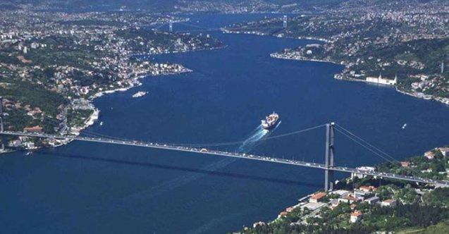 İstanbul Boğazı'nın kapasitesi 25 bin gemi ama 45 bin gemi geçiyor