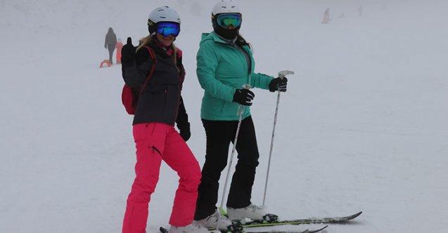 Kayak merkezlerinde tatil keyfi başladı