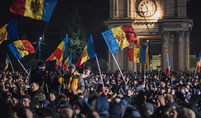 Moldova'da hükümete karşı protestolar