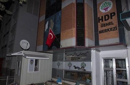 HDP merkezine saldıranlara hapis cezası