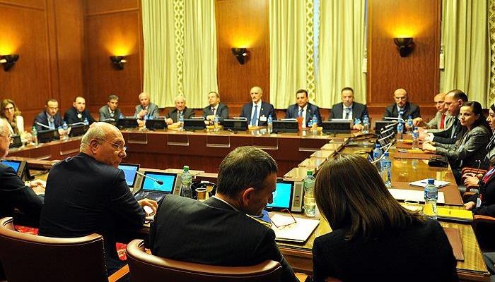Cenevre'de Suriye görüşmeleri başladı