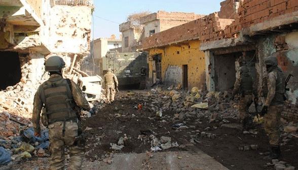Diyarbakır'da bugün bir asker daha şehit düştü