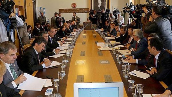 Yeni anayasa toplantıları başladı