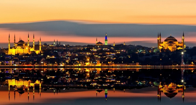 İstanbul'da Cuma salâsına izin
