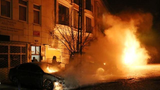 İstanbul'da dün gece 7 araç kundaklandı