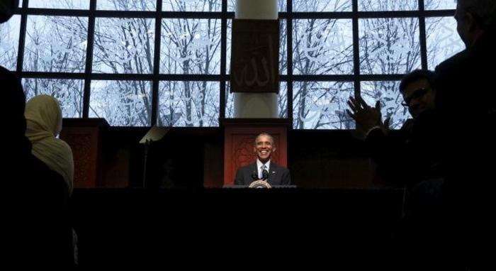 Obama'dan giderayak cami ziyareti