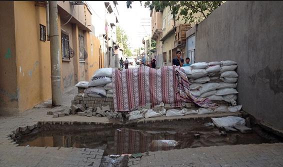 Cizre'de cesetler toplanıyor