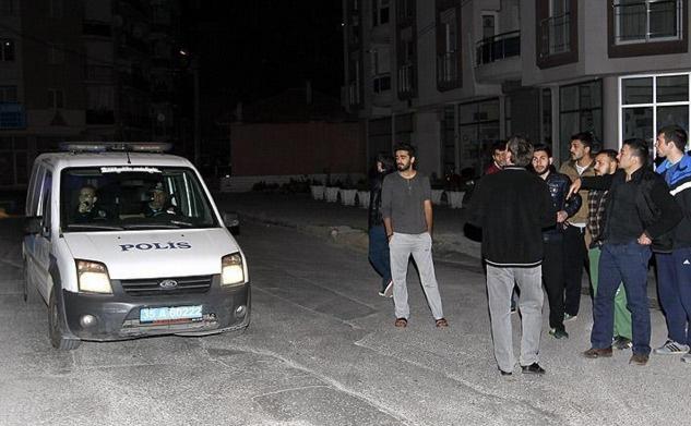 İzmir'de üniversite bahçesine bomba