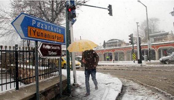 İstanbul'a beklenen kar Trakya'dan giriş yaptı