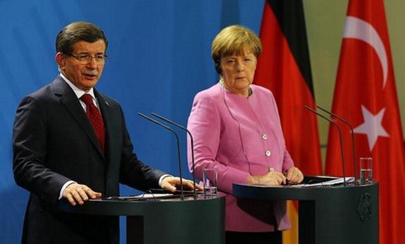 Merkel beş ayda ikinci kez Türkiye'ye geliyor