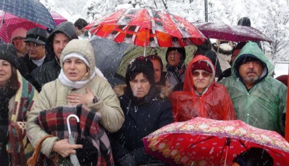 Kılıçdaroğlu'nun evinin önünde protesto gösterisi