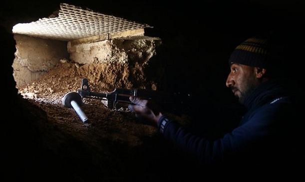 Şam'da Esad güçlerine ağır darbe