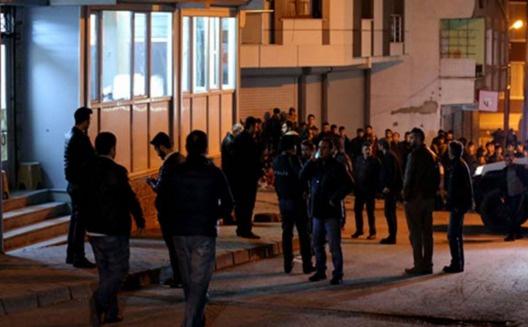 Kahvehane tarayanlar PKK'lı çıktı