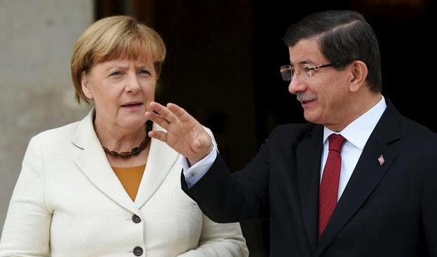 Merkel'in Türkiye'den üç beklentisi var
